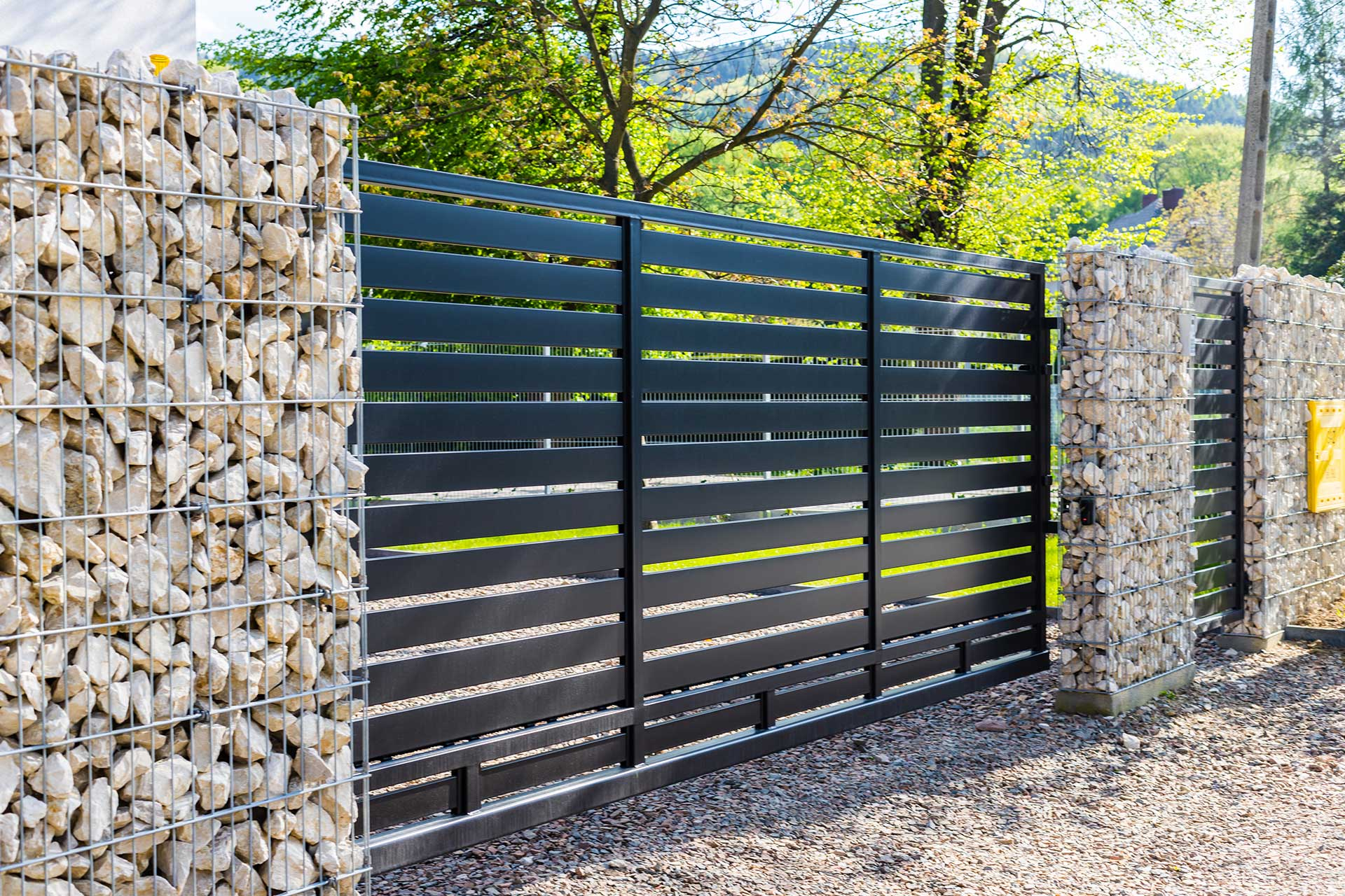 Why It's Best to Paint Wooden Fences | Blog | Arizona Painting Company